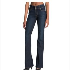 Page Hidden Hills' High Rise Bootcut Stretch Jeans